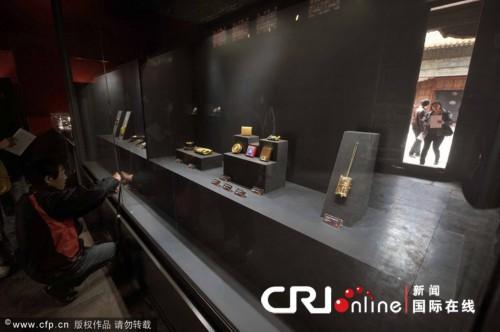 至故宫遭窃展厅的部分展品图片 包括被盗文物